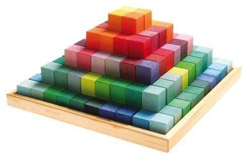 Grimms Große Stufenpyramide