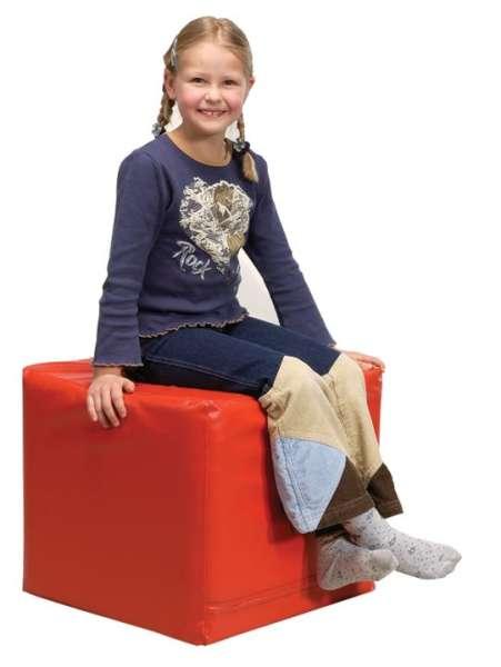 Spiel- und Sitzwürfel in rot, gelb grün oder blau