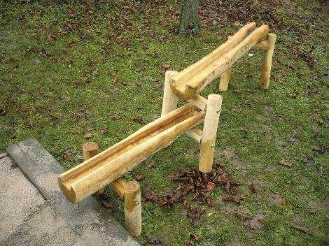 Abenteuer-Wasserspiel-Platz Rinne 100 cm lang, Holz Robinie