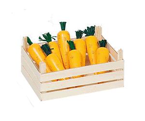 Möhren in der Gemüsekiste