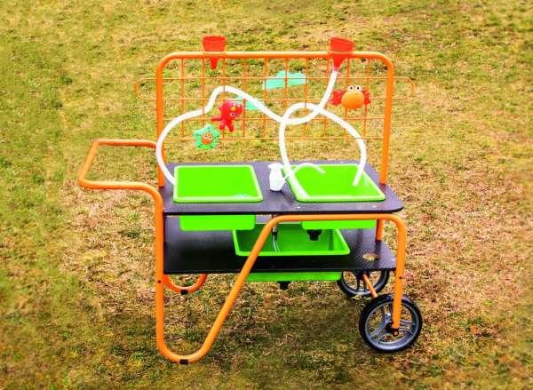 Mobiler Sand- und Wassertisch - vielseitiger Spieltisch für den Außenbereich - KiTa-Spielewelt